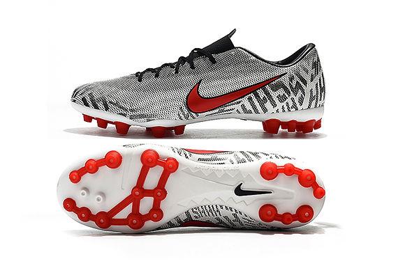 Nike AG -Vapour 12 Acadamey CR7