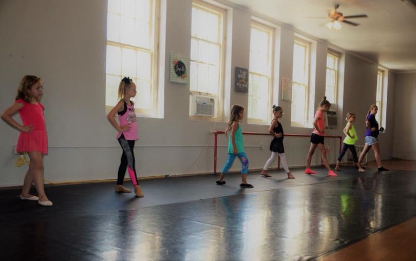 Ballet class - Stephenville Studio