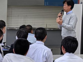 桐蔭学園高校 総合学習授業