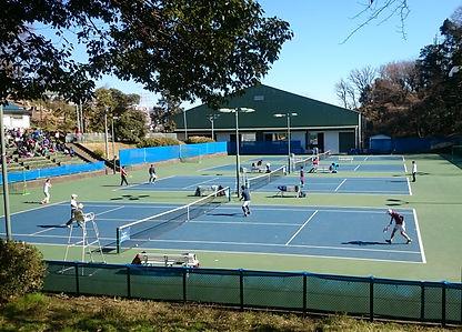慶應義塾高校 テニスコート