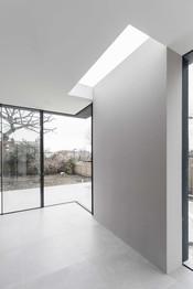 6-Highgate-residential-extension-skylight-corner-glazing-sliding-doors.jpg