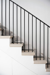 19_Berkshire-country-mansion-bespoke-staircase-metal-work-cast-stone-treads-traditional-de
