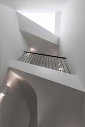 10-Highgate-residential-extension-full-refurbishment-skylight-modern-stair-.jpg