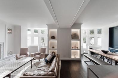 5-Notting Hill flat refubishment bespoke joinery traditional details bay window.jpg