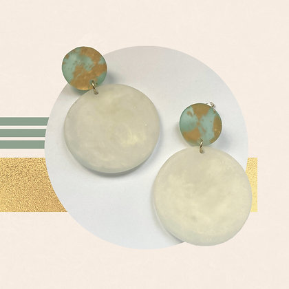 Gold Flakes in Translucent Green Resin Studs