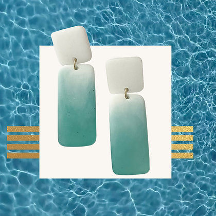 White and Teal Ombre Resin Studs