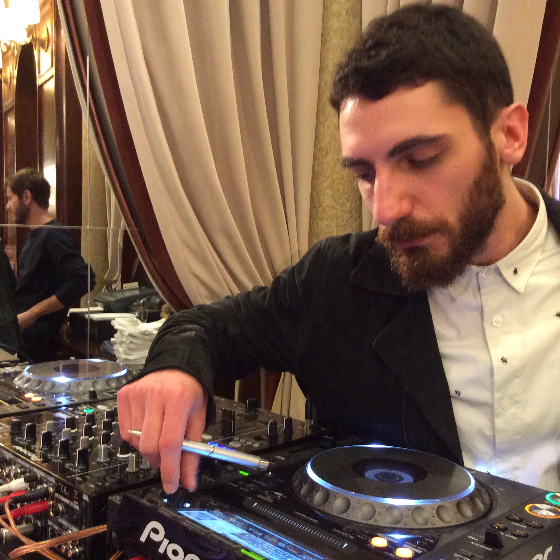 PROFESSIONE DJ Protopapa