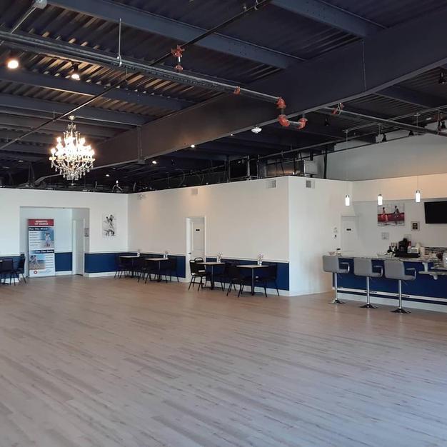 Easy Access From Ballroom To Bar