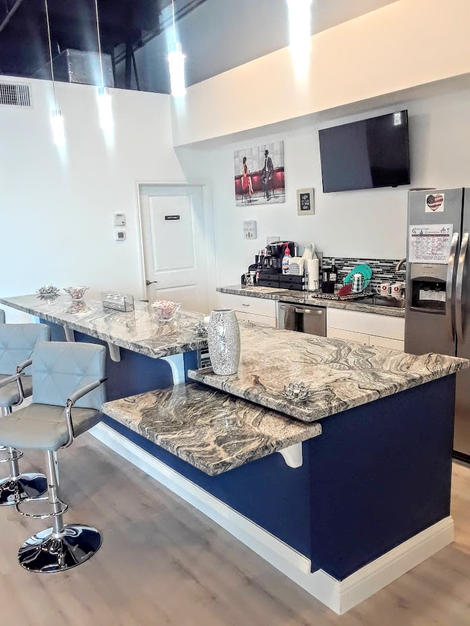 3 Serving Counters