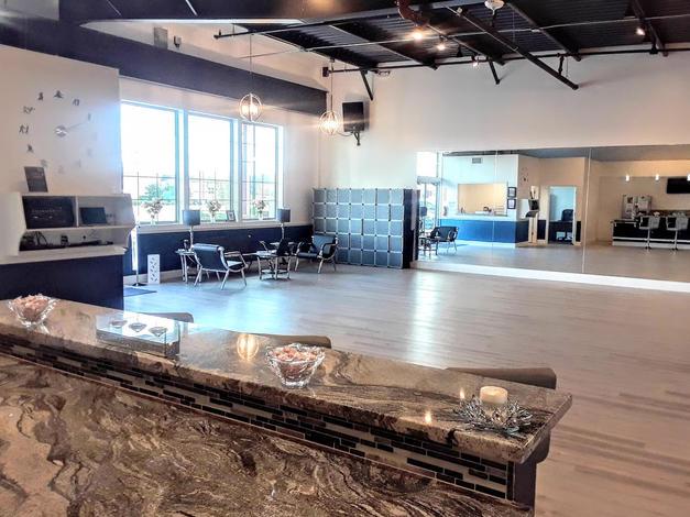 Bar Opens Easily To Ballroom