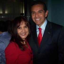2010 in Washington D.C with former Los Angeles Mayor Antonio Villaraigosa