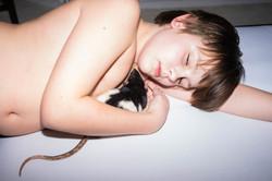 Jozef met rat - Sony.jpg