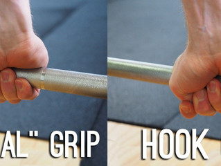 Hook grip for weightlifting – should you do it?