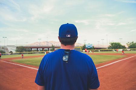 青年野球のコーチ