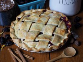 Pear Blackberry Pie