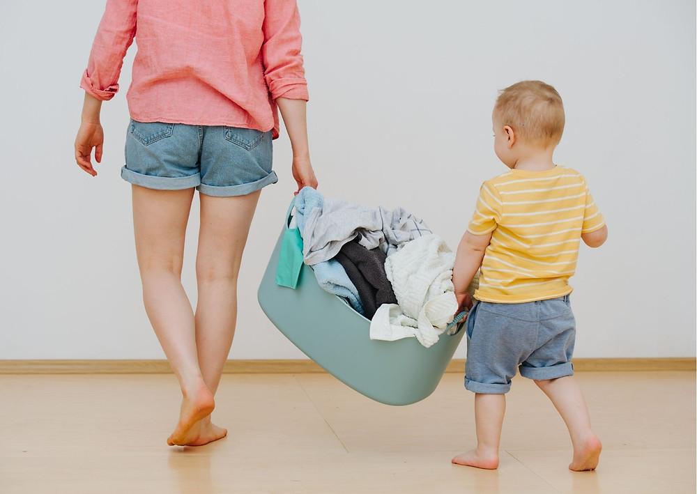 Comment décrasser ses couches lavables pour bebes, conseils et astuces pour avoir des couches lavables propres.