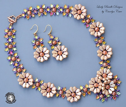 Necklace and Earrings ~ Aravindi