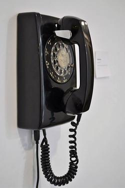 Hotline (detail)