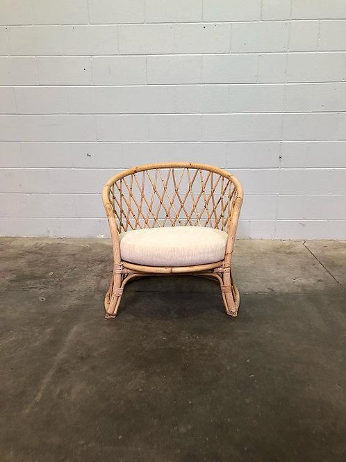 Silang Armchair