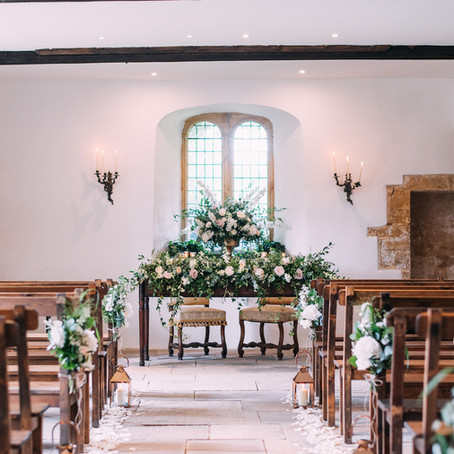 A church weddings vs a civil ceremony: the pros and cons