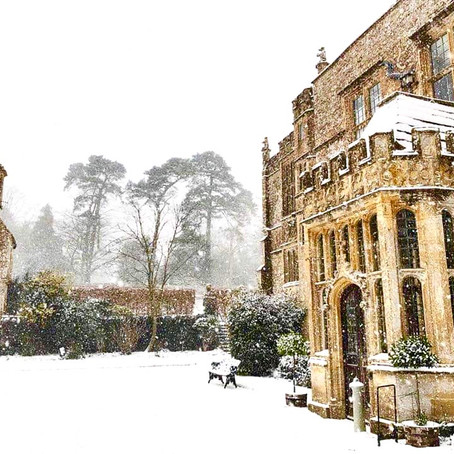 Ten top reasons why you should have a Winter Wedding