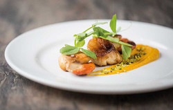 Scallop Starter: Scallops with Sweet Chilli