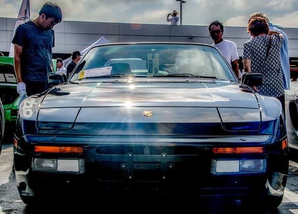 Porsche 951