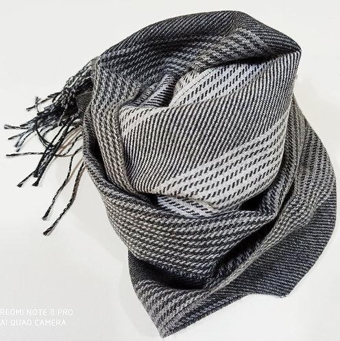Sciarpa in lana, divisa in due tonalità