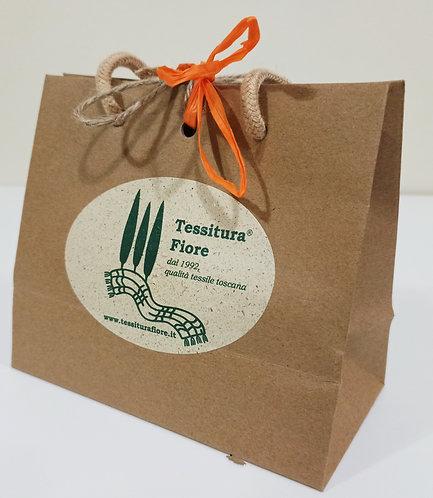 Confezione regalo in carta riciclata con finestra