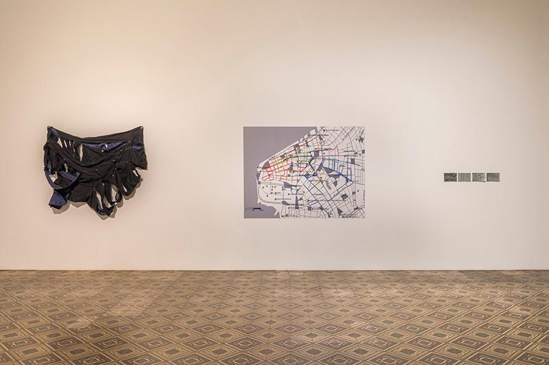 Tetê Barachini. Exposição Pro Posições (2017). MARGS, Porto Alegre.