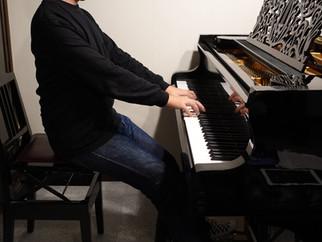 大人の為のいまさら聞けないピアノの『いろは』第1回【座り方】