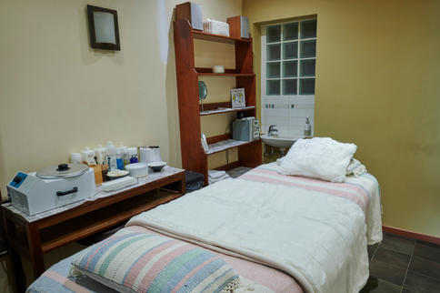 BOOM_IMMO-Salle1-massage-AZENKA-5.jpg