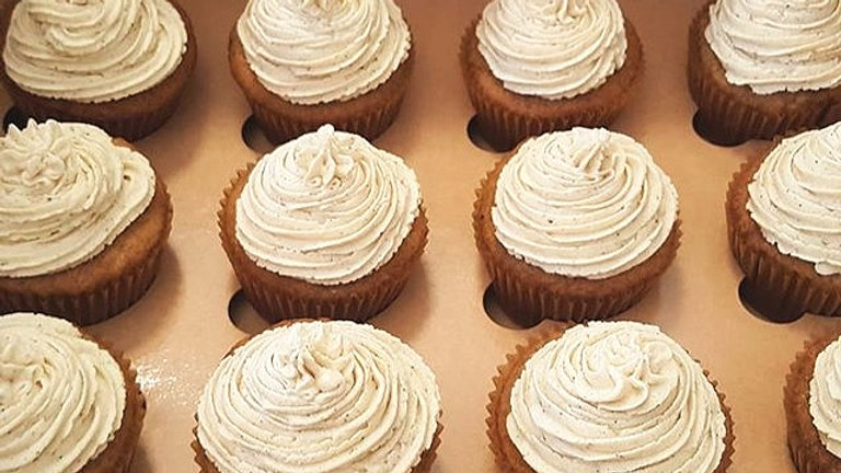 Banana Cupcakes w/ Browned Butter Frosting