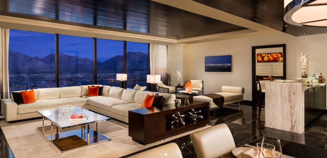 Lux Suite LR