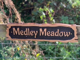 Medley Meadow ssign.jpg