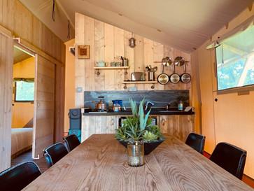 KitchenDinerApple