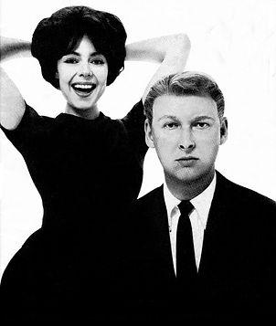Nichols_and_May_-_1961-min.jpeg