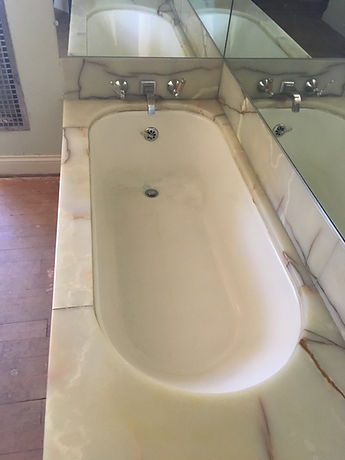 Marwyck3 tub-min.JPG