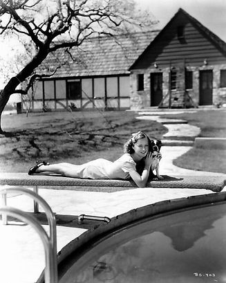 Stanwyck oakridge pool-min.jpg