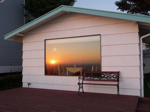1 sunset in window 09 sm