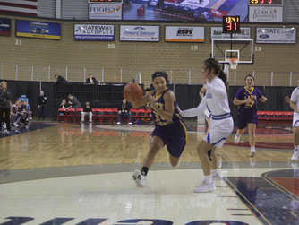 White River's Sierra McGowan reaches 1000 points for her Lady Tigers career, TC's Bizardie u