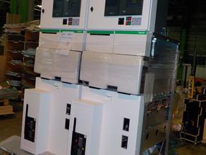 Approvisionnement de Tableaux HTA SM6 24kV comprenant :