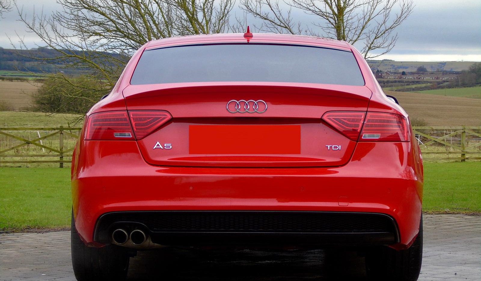 Audi A5 2.0 TDI ultra-black edition
