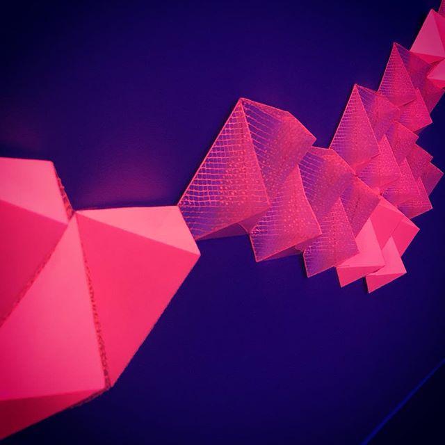 「kiri-e of Tessellation /切絵の平面充填」_充填シリーズ