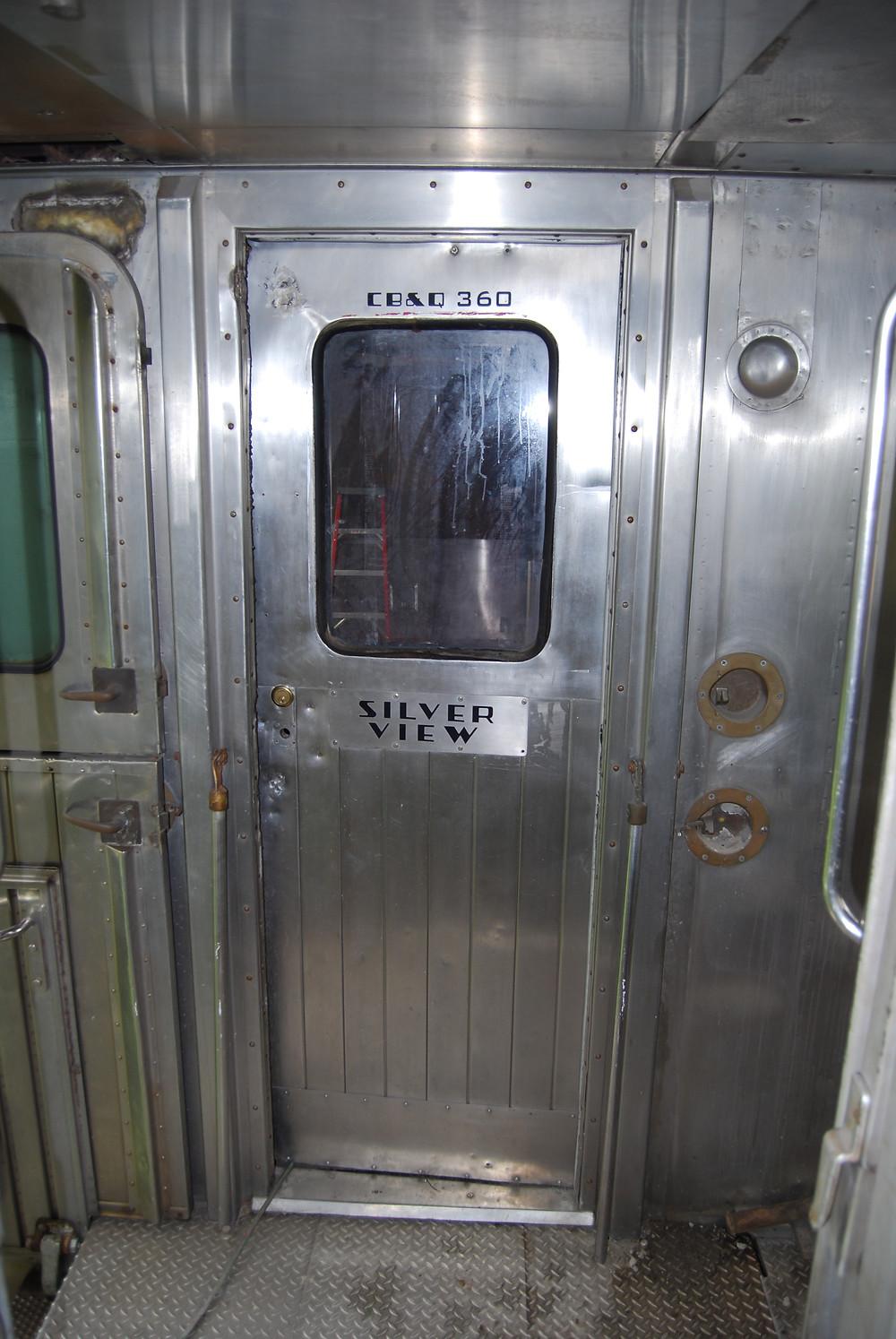Silver View's 'A' end vestibule and entrance door.