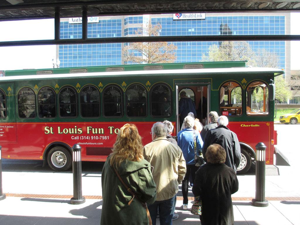 IMG_1888-STL-trolley-tour-1