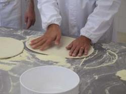 making pizza...