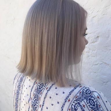 Gallery Medium Blonde Bob.jpg