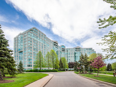 001-1115-7825BayviewAve-Thornhill-ON-L3t