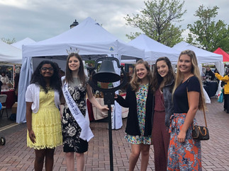 Megan and the 2019 Contestants at the Opening of the Summer Market
